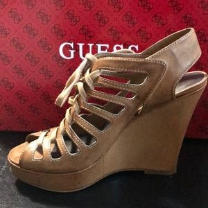 Guess Sz6 previously loved